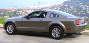 2005-Ford-Mustang-Mineral-Gray
